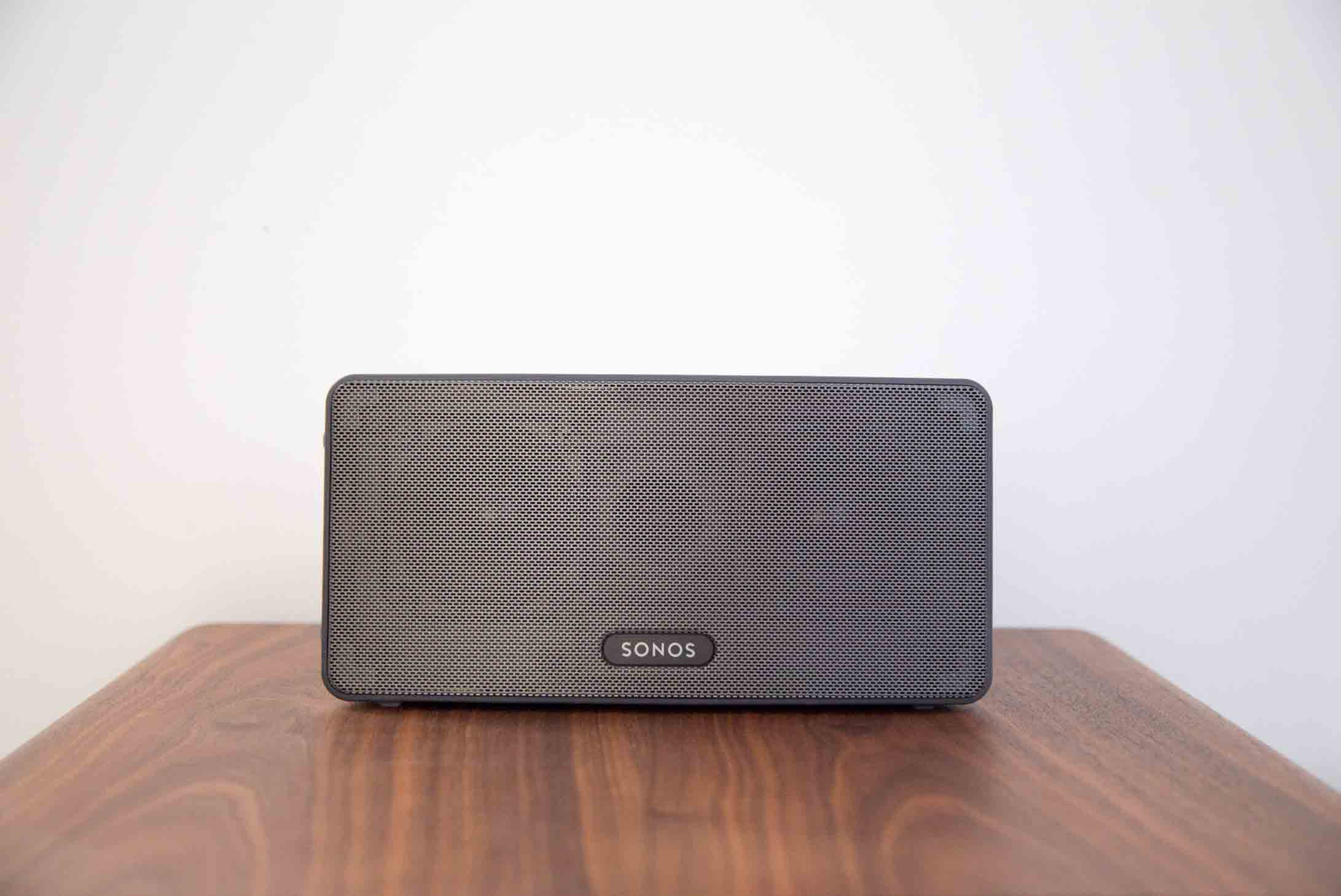 Best-Portable-Wireless-Speakers-for-Outdoors