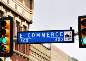 common-risks-associated-with-ecommerce-and-how-to-avoid-them