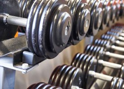 Universal Selectorized Dumbbell Set With Stand Review